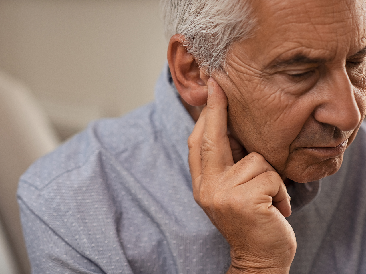 7 Symptoms That Can Result From Hearing Loss